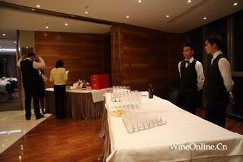 案例:普华永道会计师事务所合伙人品酒会晚宴