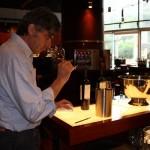 酿酒是平衡的艺术——智利干露酒厂魔爵红酿酒师专访