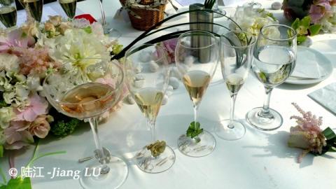 探寻花之境 ——巴黎之花发布美丽时光2007年份限量版香槟