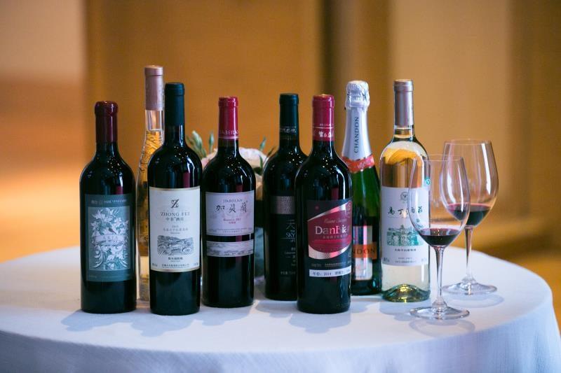 品遍美酒 寻味中国 ——2017 RVF中国优秀葡萄酒年度大奖评选成功举办