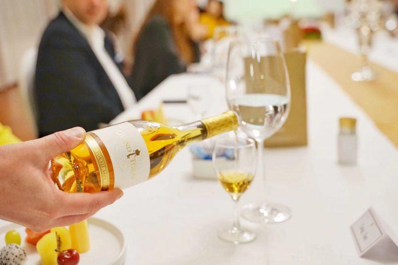 龙凤美酒顾问成为匈牙利在中国地区的首家教育合作机构