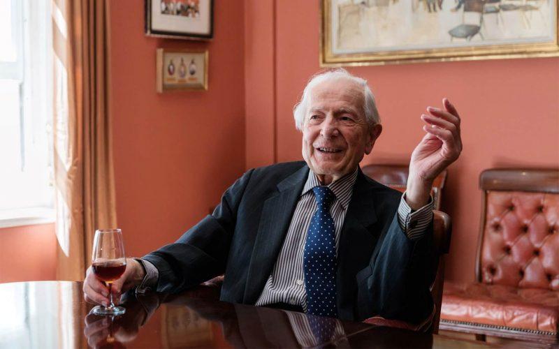 国际酒业泰斗,佳士得葡萄酒拍卖业务开创者Michael Broadbent MW去世